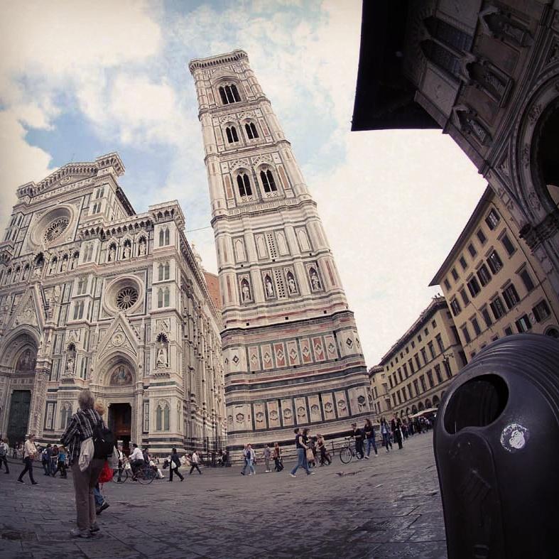 Peipegata sticker slap stickerart  bombardeando Florencia-Italia