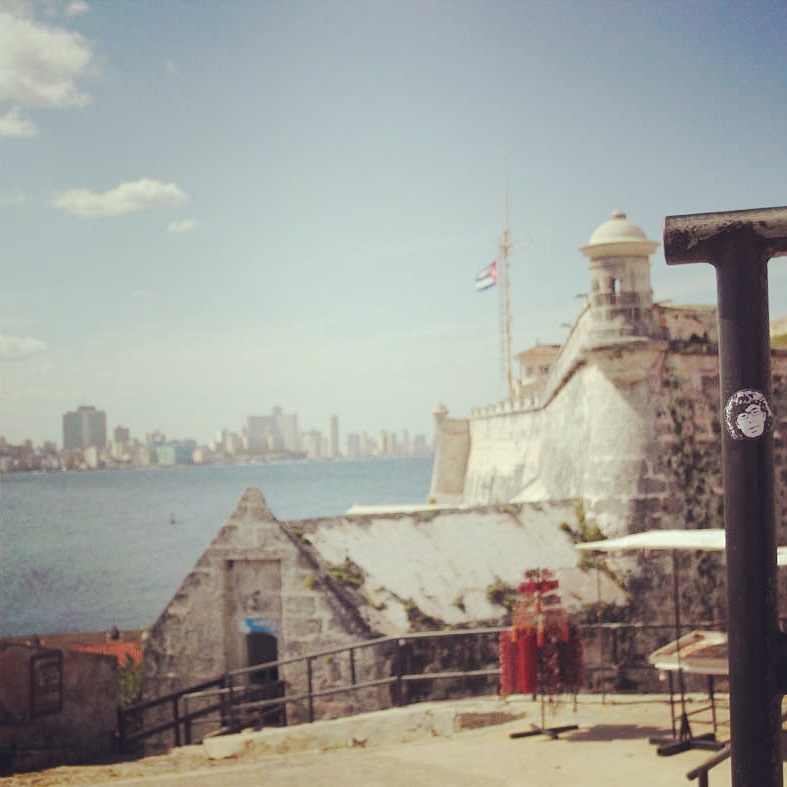 Peipegata sticker slap stickerart  bombardeando La Habana-Cuba