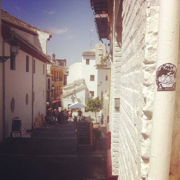 Peipegata sticker slap stickerart  bombardeando Granada-España