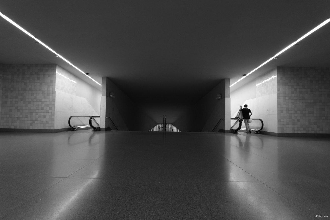 peipegata Arquitectura Architecture proyectos fotografia peipegatafotografia # 018 Alvaro Siza Vieira _ Metro São Bento