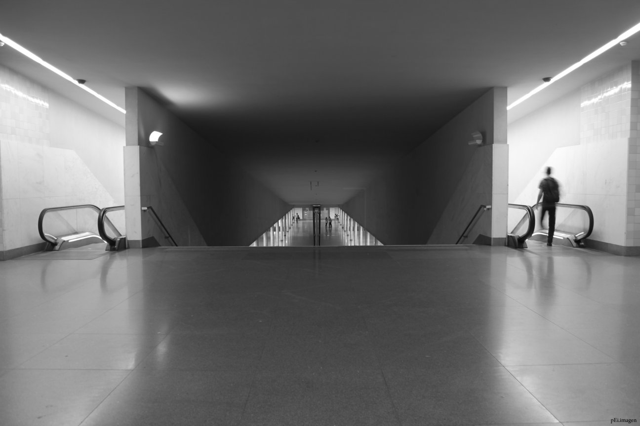 peipegata Arquitectura Architecture proyectos fotografia peipegatafotografia # 023 Alvaro Siza Vieira _ Metro São Bento