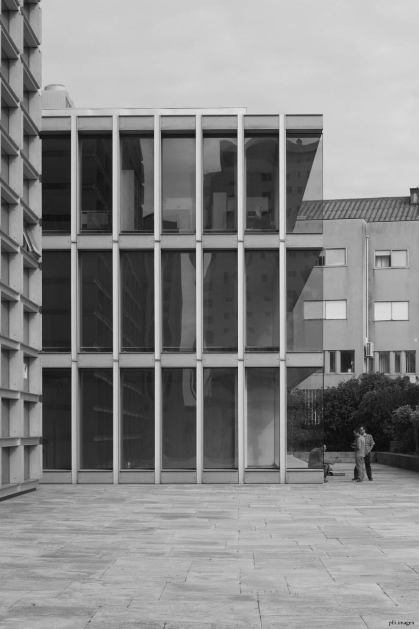 peipegata Arquitectura Architecture proyectos fotografia peipegatafotografia # 049 Eduardo Souto de Moura _ Edificio de Escritorios - BURGO