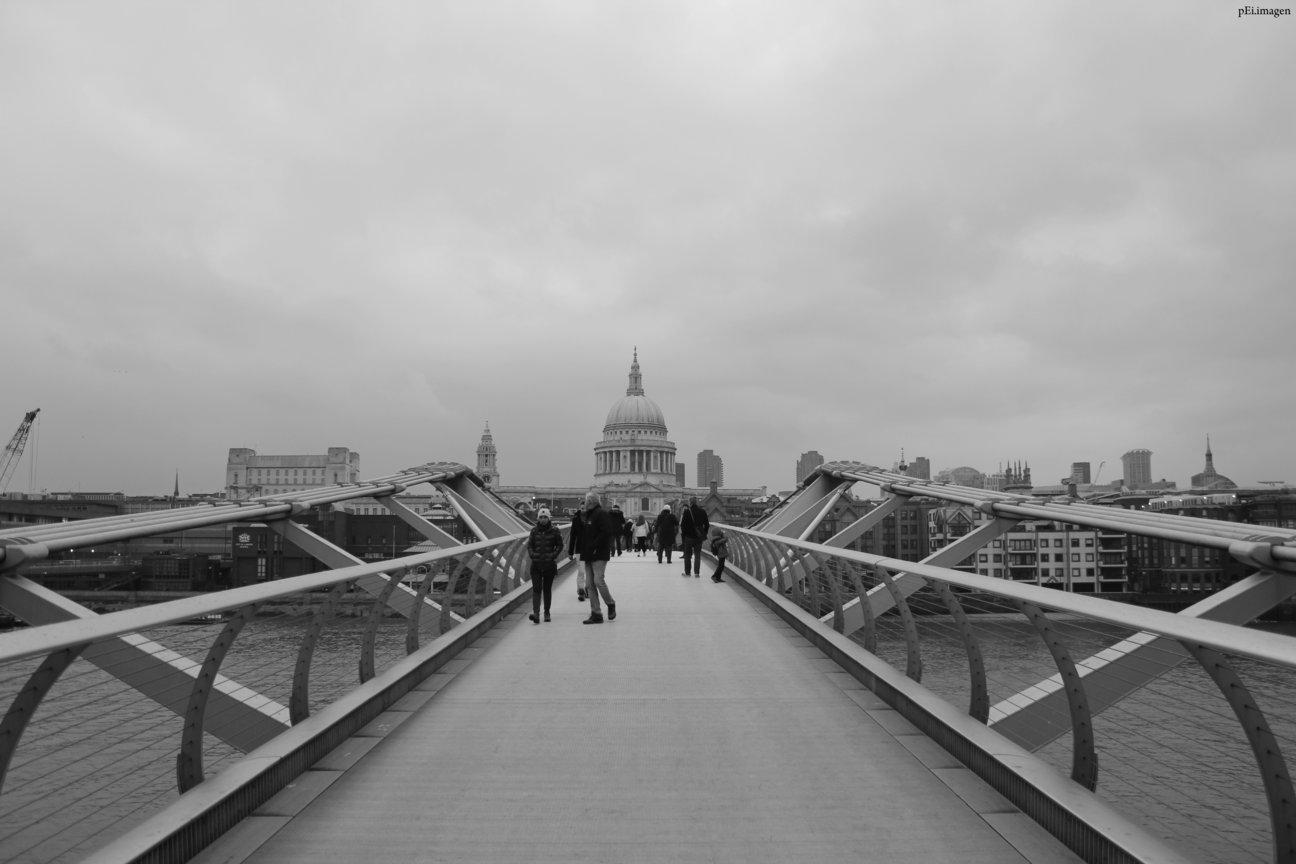 peipegata Arquitectura Architecture proyectos fotografia peipegatafotografia # 081 Foster & Partners _ Millenium Bridge