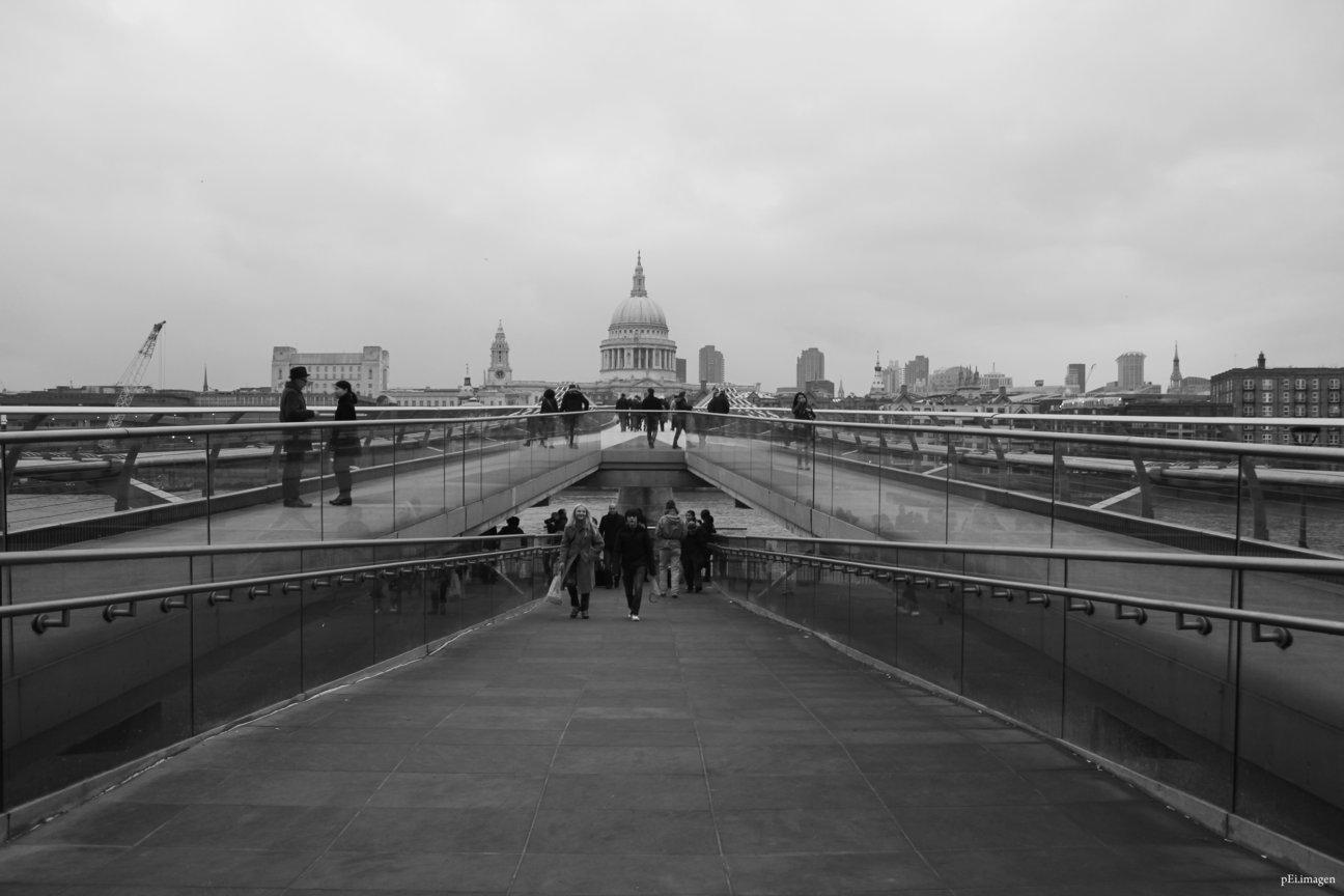 peipegata Arquitectura Architecture proyectos fotografia peipegatafotografia # 082 Foster & Partners _ Millenium Bridge